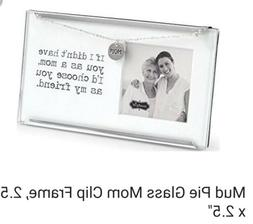 "Glass clip Frame with ""MOM"" Charm & Chain Features Sentiment"